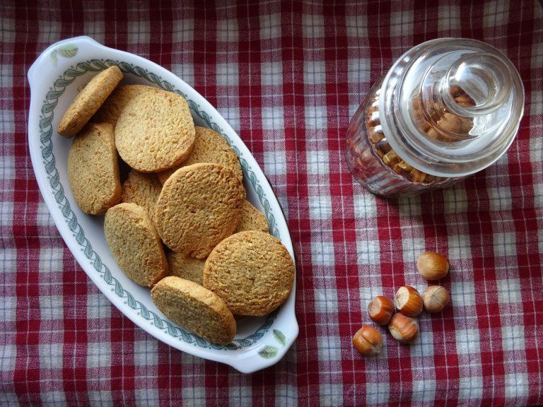 Biscotti Avena e Nocciole senza glutine e lattosio